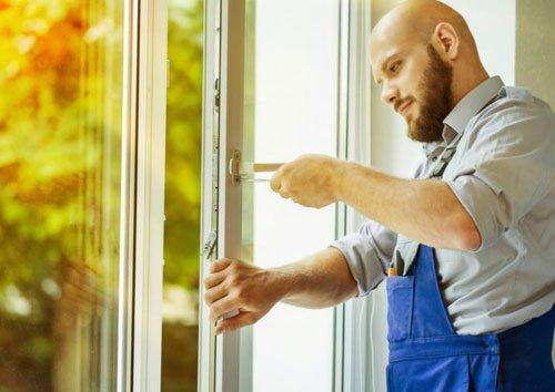 خدمات نصب در و پنجره